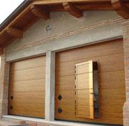 Porte per garage basculanti e sezionali omega professional - Porte garage basculanti prezzi ...
